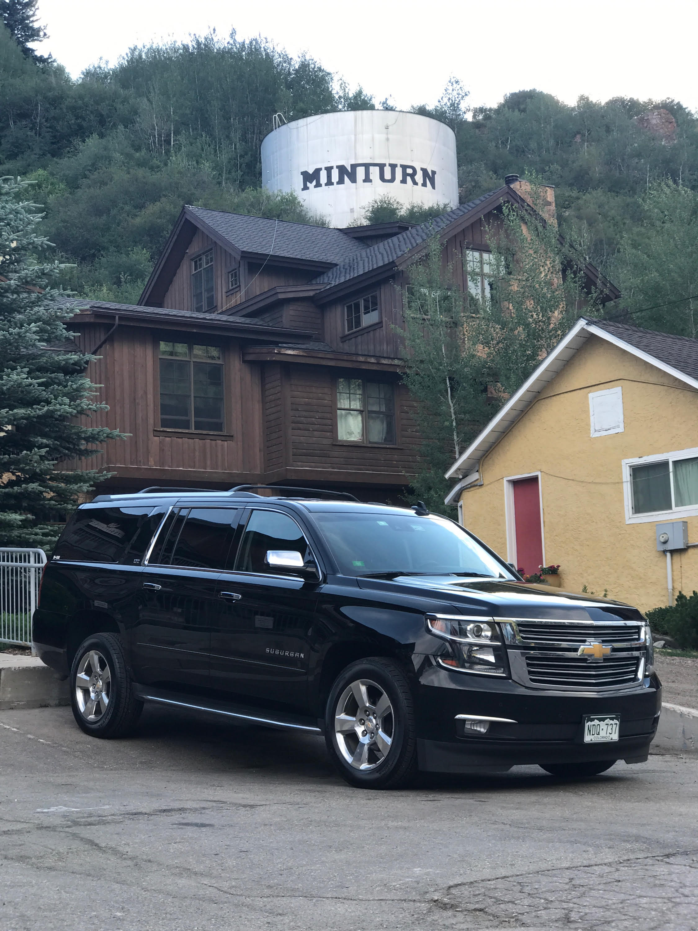 boulder-limo-suv-airport-transportation-service